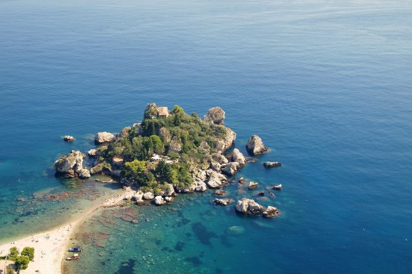 island-1590829_1920